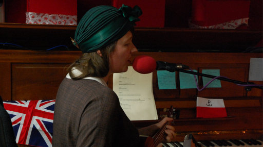 Live music from Mark Hole and Katy Carr on the Sunday Night Sessions with Jo Good and Dan Roberts.